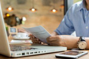 Los autonomos y las facturas en papel